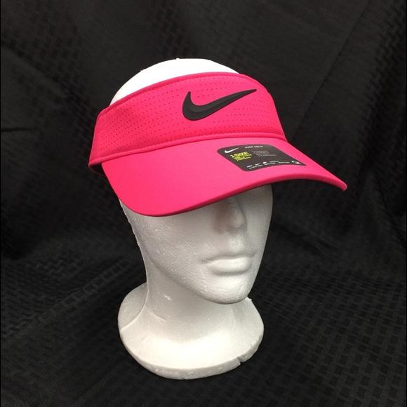 Nike Women's Aerobill  Fuchsia OSFM Visor